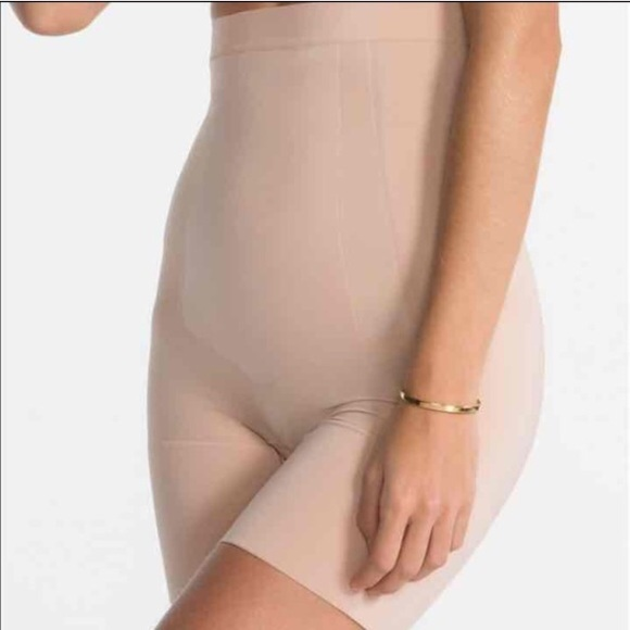04882eea1 SPANX Intimates   Sleepwear